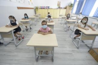"""Șefa INSP: """"Deschiderea școlilor a fost mai mult decât oportună. Povestea cu distanțarea între elevi e o poveste"""""""