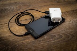 Încărcătorul de telefon universal ar putea deveni disponibil în Europa, în ciuda reticențelor din partea producătorilor