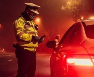 """Șofer condamnat cu suspendare după o negociere eșuată cu polițiștii: """"Măi, oameni, luaţi de un şpriţ"""""""
