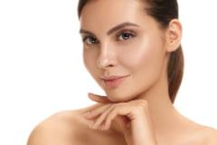 Știi ce să folosești pentru o piele frumoasă în timpul verii?