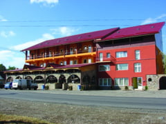 """Amintiri din Neamt"":: 18 turisti au ajuns la spital cu toxiinfectie alimentara"