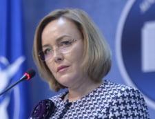 (Articol refacut) Ce ascunde atacul lui Carmen Dan la adresa presedintelui Iohannis?