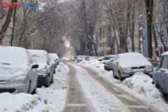 Romania, sub zapada: Doua autostrazi si zeci de drumuri nationale, inchise - Lista rutelor blocate