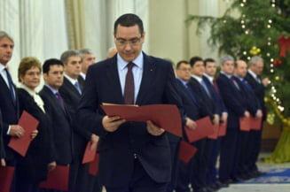 """""""Bilantul negru"""" al guvernarii USL. Partidul Miscarea Populara cere demisia lui Ponta"""
