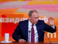(DUMINICA) Donald Trump, un an de admiratie pentru marele Vladimir Putin. De ce?