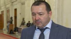"""Deputatul Mitraliera"", Catalin Radulescu, s-a facut verde pentru a ramane in Parlament. Candideaza pe primul loc, la Arges, pe listele PER"