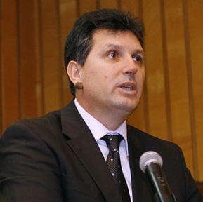 """""""Domnul Iancu"""" ii raspunde lui Basescu"""