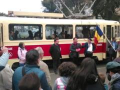 """(FOTO-VIDEO) Tramvaie din Iasul """"Epocii de Aur"""" vor circula saptamanal prin oras, in scop turistic"""