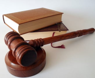 """""""Forumul Judecatorilor din Romania"""" cere abrogarea modificarilor la legile justitiei si codurile penale care afecteaza combaterea infractionalitatii"""