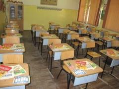 """""""Forumul educational Magister"""", dedicat profesorilor de matematica, romana si engleza, va avea loc in """"Aula Moldova"""" a Universitatii """"George Bacovia"""" din Bacau"""