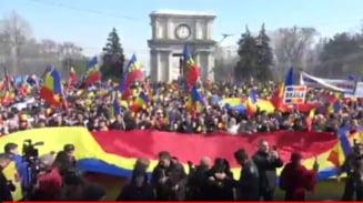 (Galerie foto & video) La Chisinau s-a cerut Unire, in vreme ce Dodon a acuzat Romania ca intretine unionismul, mai periculos decat separatismul UPDATE