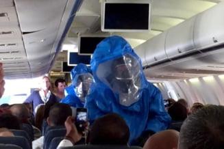 """""""Gluma"""" la bordul unui avion: Scene de groaza dupa ce un pasager a spus ca are Ebola (Video)"""