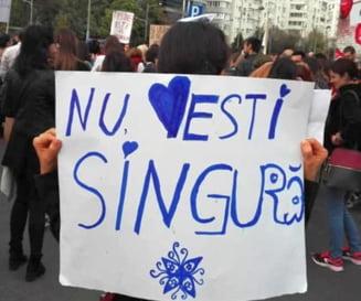 """""""Impreuna pentru siguranta femeilor"""", mars pe strazile Capitalei: Sunt prizoniere intr-o cultura a violentei (Galerie foto)"""