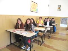 """""""Istoria recenta a Romaniei"""", un nou optional pentru elevii de liceu"""
