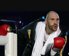 """""""Meciul anului"""" se amana: Tyson Fury s-a accidentat inaintea luptei cu Wladimir Klitschko"""