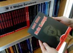 """""""Mein Kampf"""" a fost interzis: Nu se mai publica niciun volum din """"Biblia"""" lui Hitler"""