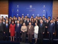 (P) Ceremonia de absolvire a cursului de diplomatie si afaceri internationale a Complexului Educational Lauder-Reut