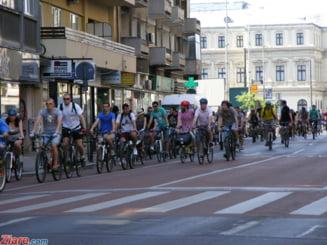 """""""Pedalam pentru Romania"""", cel mai mare mars pe bicicleta, incepe marti"""