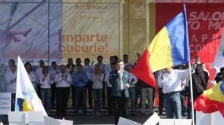"""""""Ponta te arde cu Pompa"""" - Mii de oameni la mitingul PMP"""