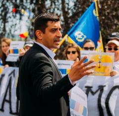 """""""Pot da voce romanilor pe care niciun partid politic nu ii reprezinta"""" Interviu cu George Simion, candidat independent"""