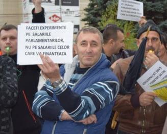 """""""Revolutia fiscala"""" incalca Constitutia, sustin sindicalistii din BNS: Va fi sesizat Avocatul Poporului"""