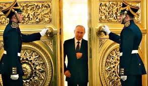 """Soimii"" si ""Porumbeii"" lui Putin"