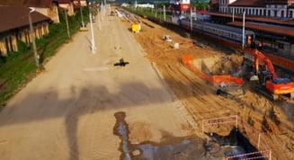 (VIDEO) Statia CFR Simeria in santier. Cum au avansat lucrarile la noua cale ferata