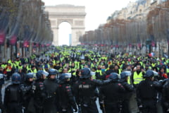 """Vestele galbene"" au reusit sa faca din nou haos in Franta: 125.000 de oameni in strada, aproape 1.000 in arest"