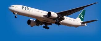(Video) Un avion cu peste 100 de oameni la bord s-a prabusit intr-o zona rezidentiala din Pakistan - UPDATE