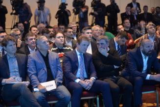 """""""Viitorul Fotbalului Romanesc"""", proiectul esuat al fotbalistilor """"Generatiei de Aur"""". Detalii din procesul deschis de fratii Becali"""