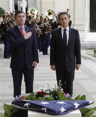 11 septembrie 2001: Replici ale WTC, la Paris