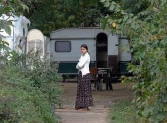"""AFP: """"Nomazii"""" francezi si rromii romani, situatii foarte diferite"""