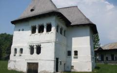 Aberatia zilei: Ministerul Culturii nu da doi bani pe monumentele istorice