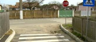 Aberatia zilei: Niste olteni facura zebra... de-a lungul drumului