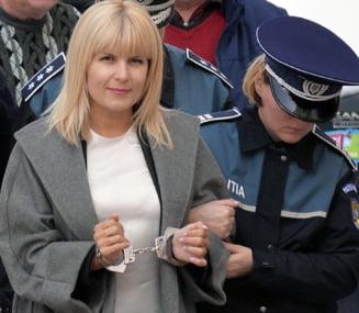 Aberatia zilei: Zanganitul sinistru al catuselor in Parlament