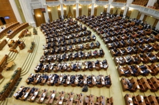 """Aberatia zilei: In Camera Deputatilor condusa de un condamnat, se angajeaza doar """"agenti de curatenie"""" fara antecedente penale"""