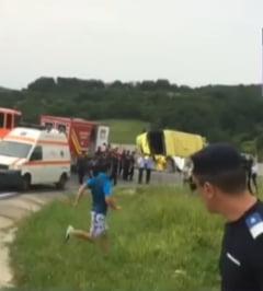 Accident in Brasov: Contractul de inchiriere a autocarului prevedea transportul a 33 de persoane