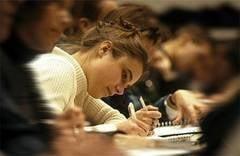 Admiterea la facultate Incep inscrierile - ce universitati organizeaza examen