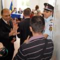 Alegeri Petrosani 2012: Accesul presei interzis in timp ce vota primarul Ridzi
