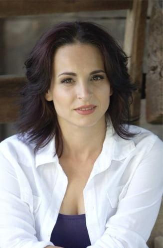 Alegeri europarlamentare 2014: Corina Ungureanu, de la gimnastica si Playboy, catre PE