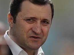 Alegeri in R. Moldova: Vlad Filat incepe negocierile pentru o majoritate parlamentara