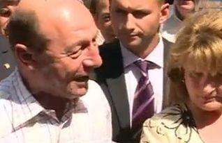 Alegeri locale 2012 Basescu la vot: Nimeni nu a vrut sa taie din salarii