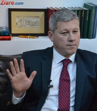 Alegeri locale 2016: Predoiu nu mai renunta la candidatura si e dezamagit ca Nicusor Dan i-a respins oferta