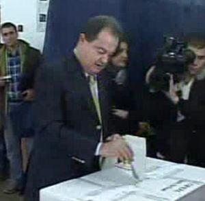Alegeri parlamentare - Blaga a votat cu acelasi discurs ca Basescu