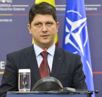 Alegeri prezidentiale 2014: Ministrul de Externe a venit la vot cu bunica sotiei