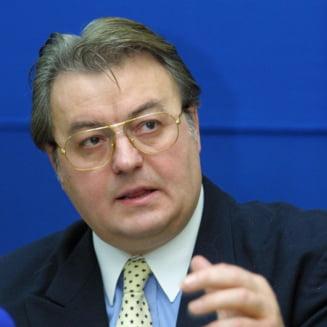 Alegeri prezidentiale 2014: Corneliu Vadim Tudor lanseaza prima conspiratie