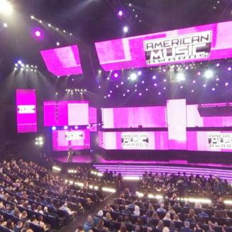 American Music Awards: Cel mai bine si prost imbracate vedete