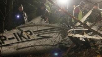 Associated Press: Romania, tara cu sapte servicii secrete care nu gasesc un avion cazut