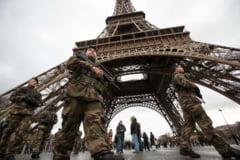Atentat terorist la Paris: Doua zile de teroare - asasinii sunt de negasit (Foto&Video)