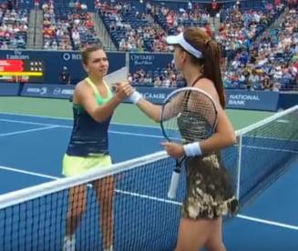 Avancronica Turneul Campioanelor: Simona Halep se lupta cu Radwanska pentru calificarea in semifinale